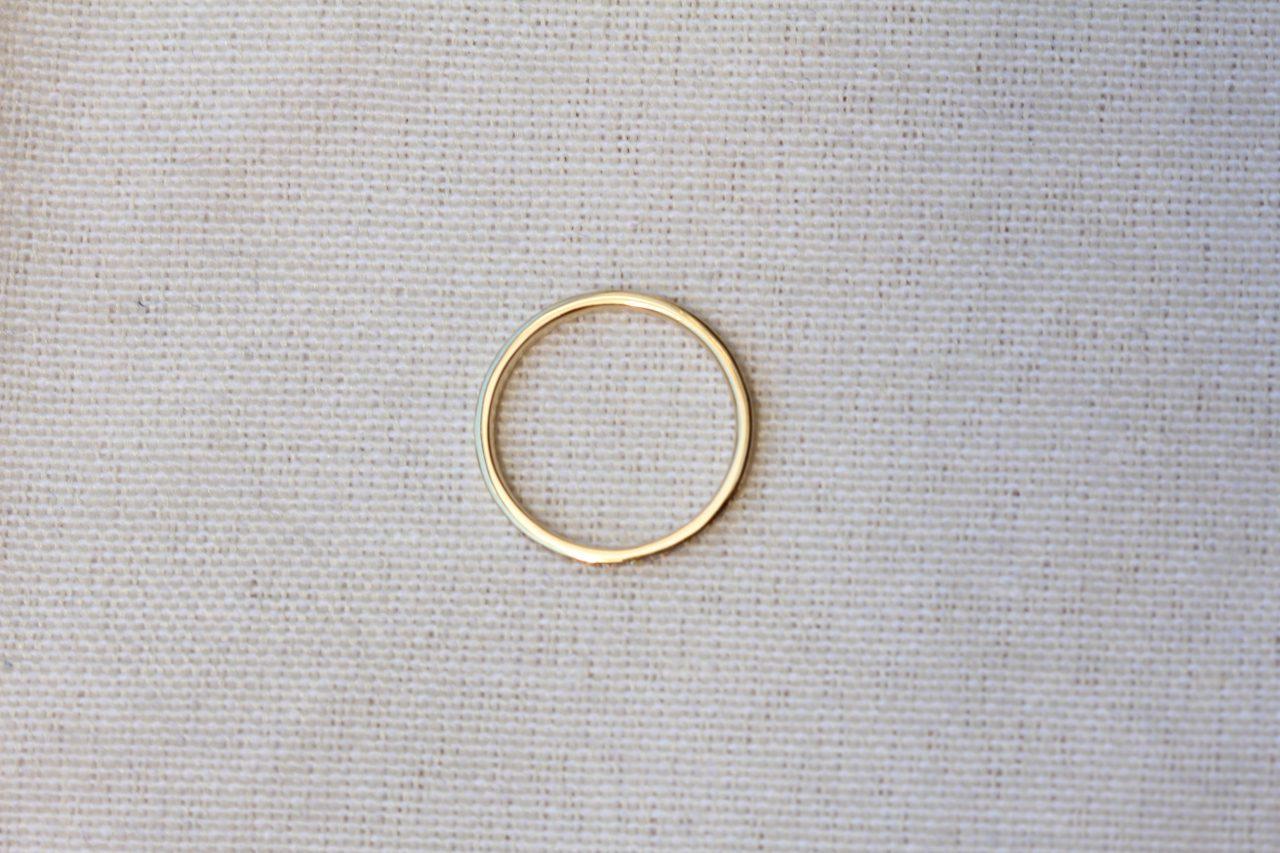メレダイヤ指輪厚み