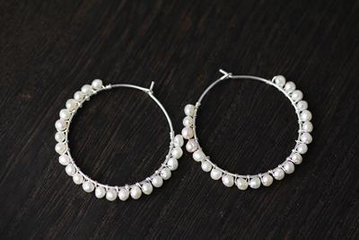 真珠のロングネックレスをアレンジ