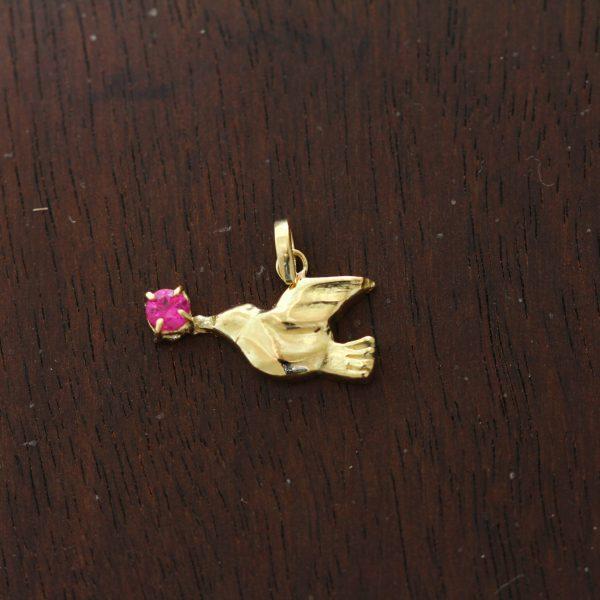 K18・ルビー幸せを運ぶ鳥さんネックレスチャーム