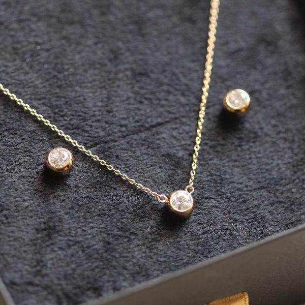 一粒ダイヤ18金のネックレスとピアスにリフォーム